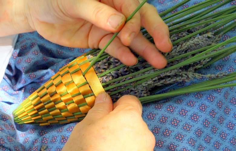 Making a Lavender Wand_Weave the Ribbon