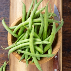 Wooden bowl of green beans